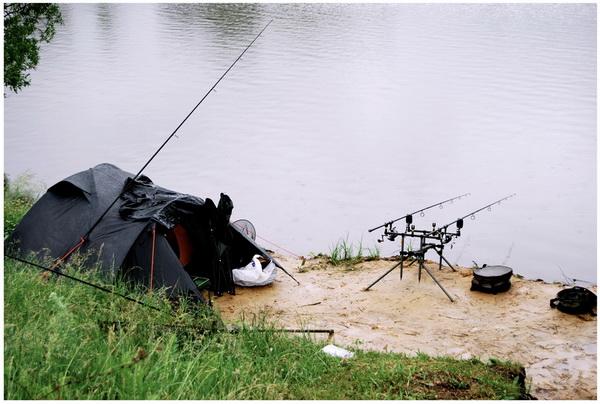 Как обустроить лагерь на рыбалке